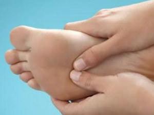 Как предотвратить отеки ног