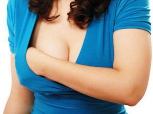 Первые болезненные симптомы в молочных железах