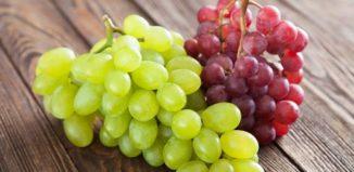Две грозди винограда