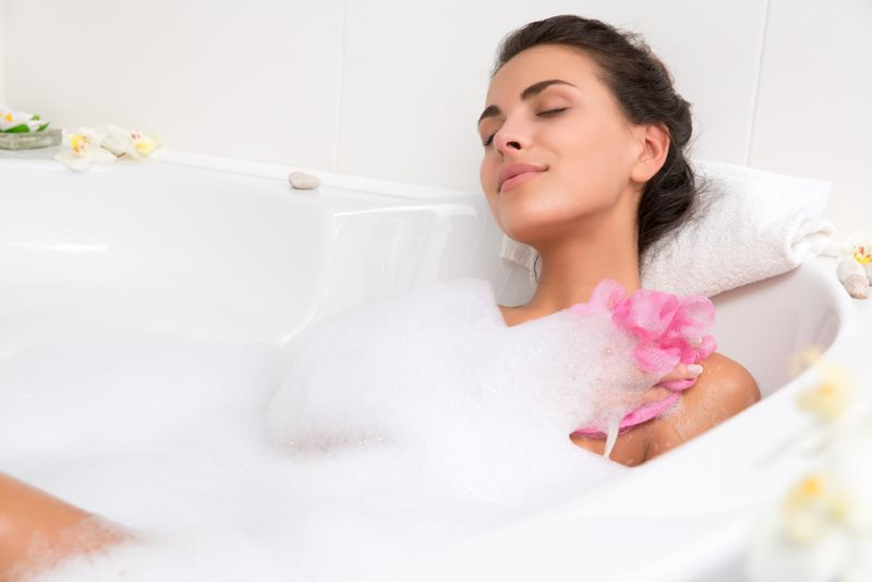 Можно ли при беременности принимать горячую ванну