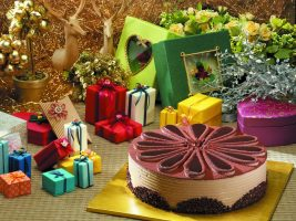 Как поздравить крестницу с днем рождения?
