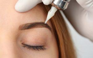 Можно ли делать перманентный макияж беременным?