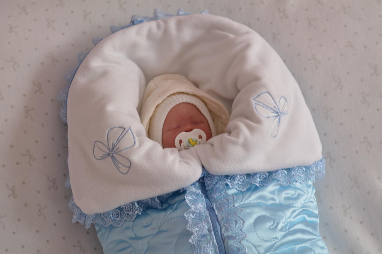 Выбор конверта для новорожденного - дело ответственное